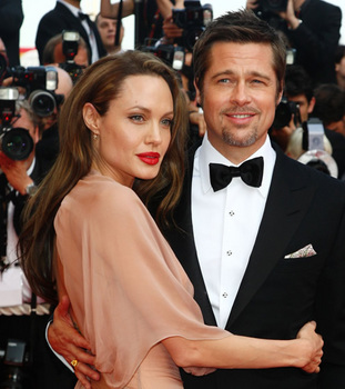 angelina-jolie-and-brad-pitt-15.jpg